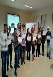 ACIAPAR E SEBRAE/BOTUCATU-SP realizam curso de treinamento de vendas